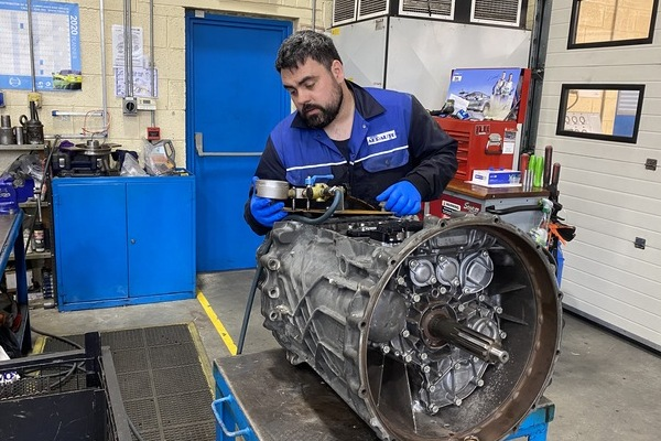 Service Exchange ZF Commercial Vehicle